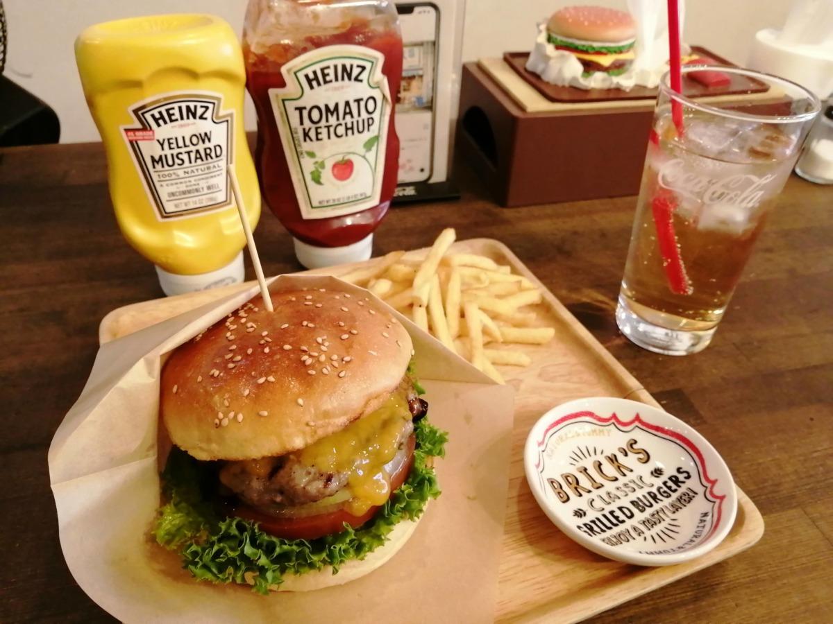 【祝☆オープン3周年】堺区開口神社前★ハンバーガーのおいしい『THE BRICKS CAFE』に行ってきたよ★: