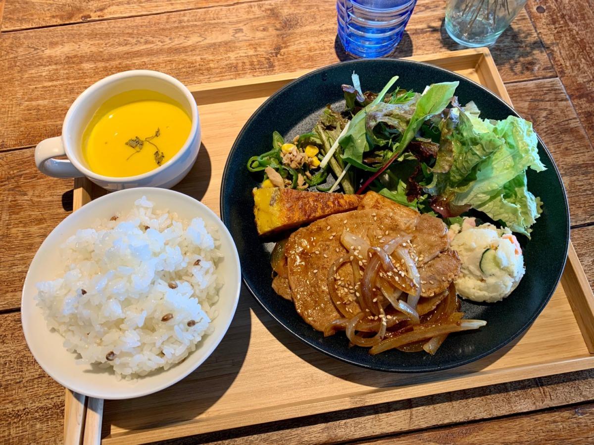 【祝☆オープン1周年】堺区・71laboにある『SOCIAL GOOD CAFE』の週替わりランチは野菜もたくさん食べられる♡今週の週替わりはこれでした♪: