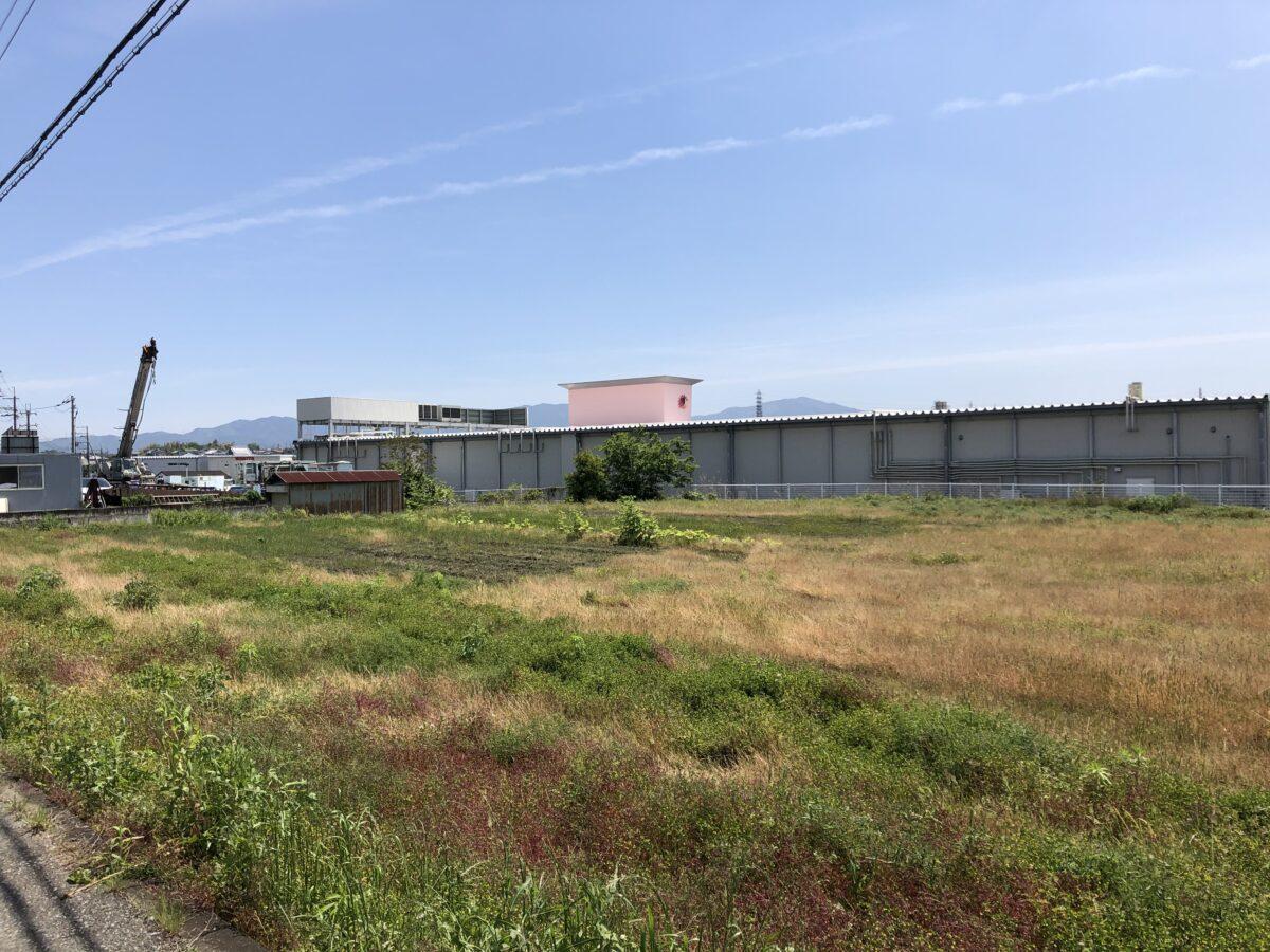 【新店情報】堺市美原区・ラ・ムー堺美原店の横の広い更地にできるのは・・・手ごろな価格で、可愛いインテリアが揃うあのお店!?: